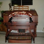 Mike Ohman's home theater organ