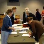 Gayle Farnsworth, Jennifer Morgan at sign-in