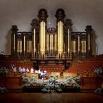 Chapter members playing the Salt Lake Tabernacle organ